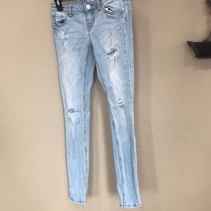 Denim jeans - light blue from Tillys